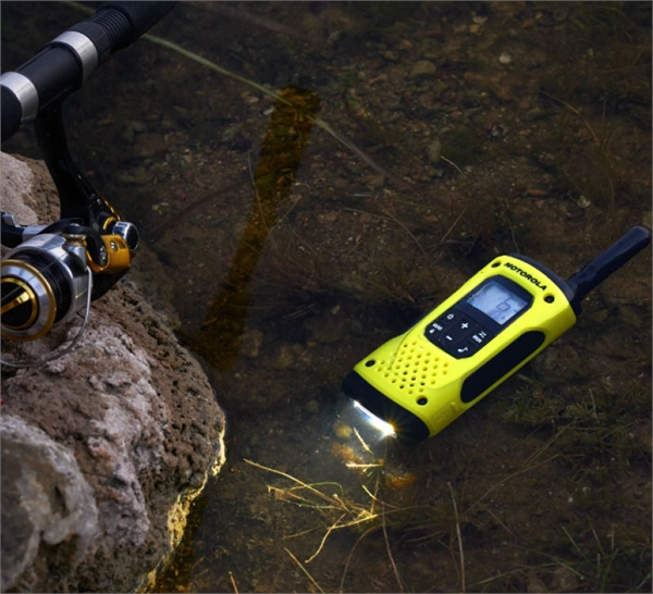 Motorola TLKR T92 H20 Walkie Talkies | Resound